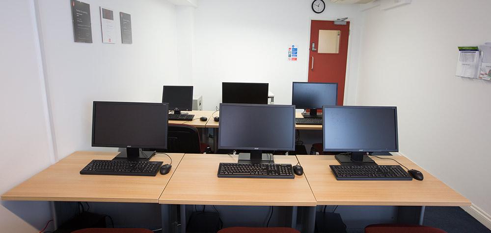 room2.jpg#asset:364:url